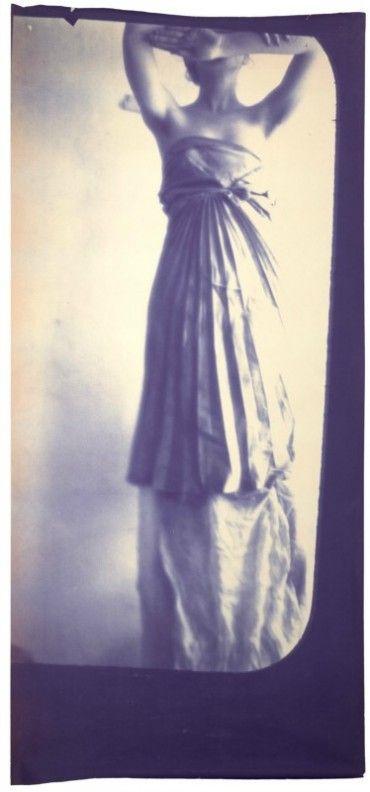"""Francesca Woodman, """"Caryatid"""", 1980"""
