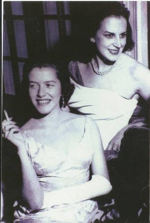 Hilda Hilst and Lygia Fagundes Telles in the 1950's